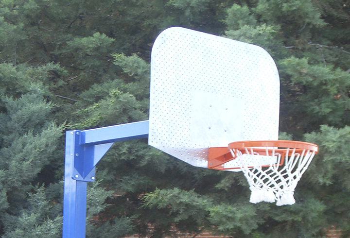 """Bergamo"" anti-vandalism basketball and mini-basketball goals"